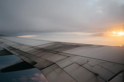 flying-traveling-travelling-airplane.jpg